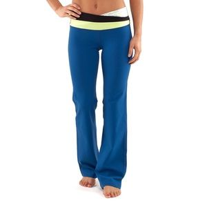 Lululemon Astro Pant Yoga Pants Size 4